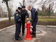 В Харькове начнут устанавливать современные пожарные гидранты нового образца