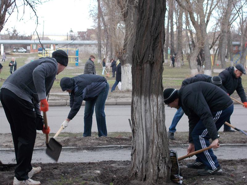Сотрудники КП «Харьковводоканал» принимают участие в общегородском субботнике